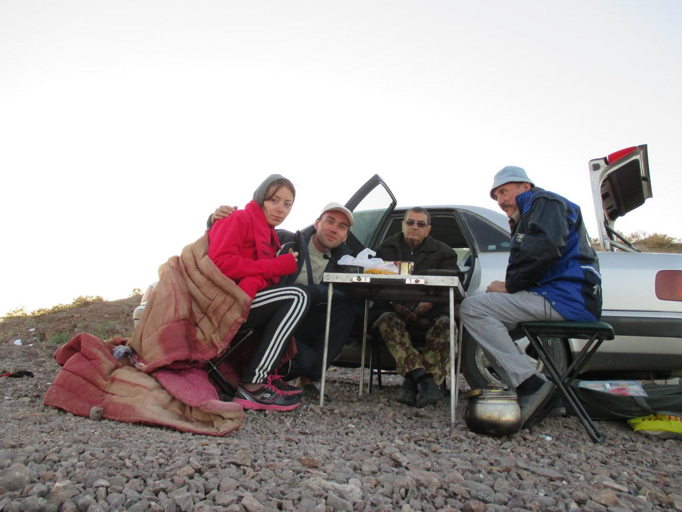 рыбаки. озеро балхаш. казахстан