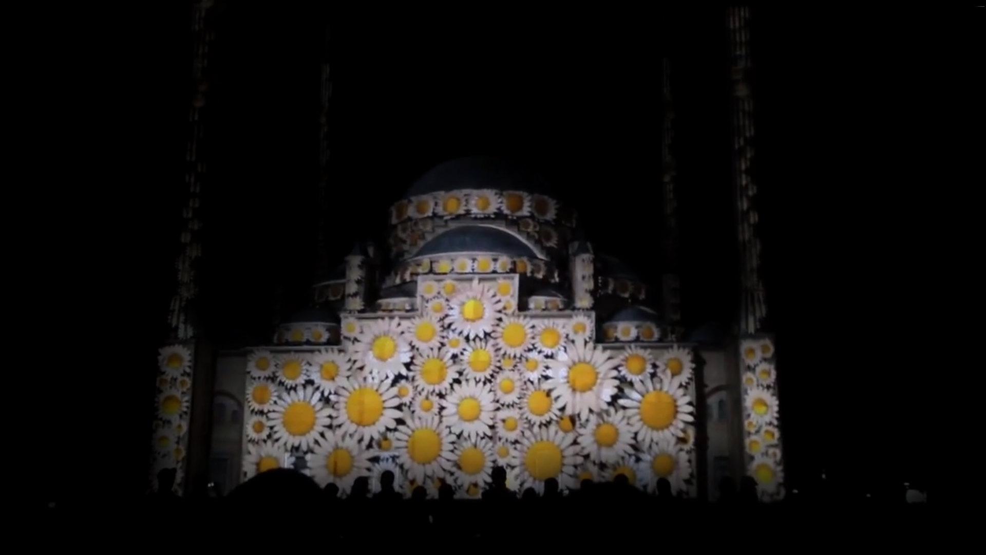 мечеть сердце чечни. лазерное шоу на день города грозный