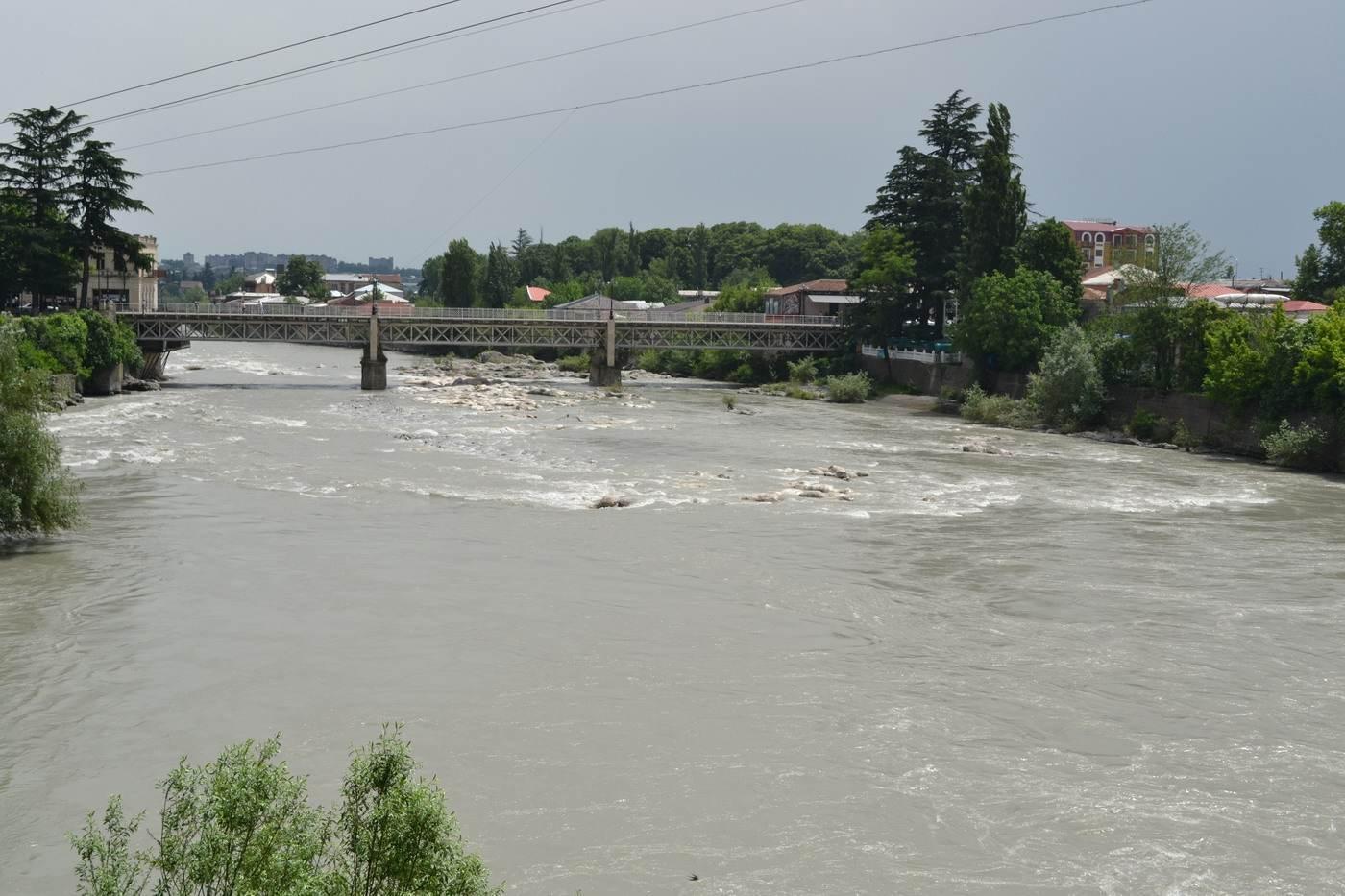 река, кутаиси, грузия