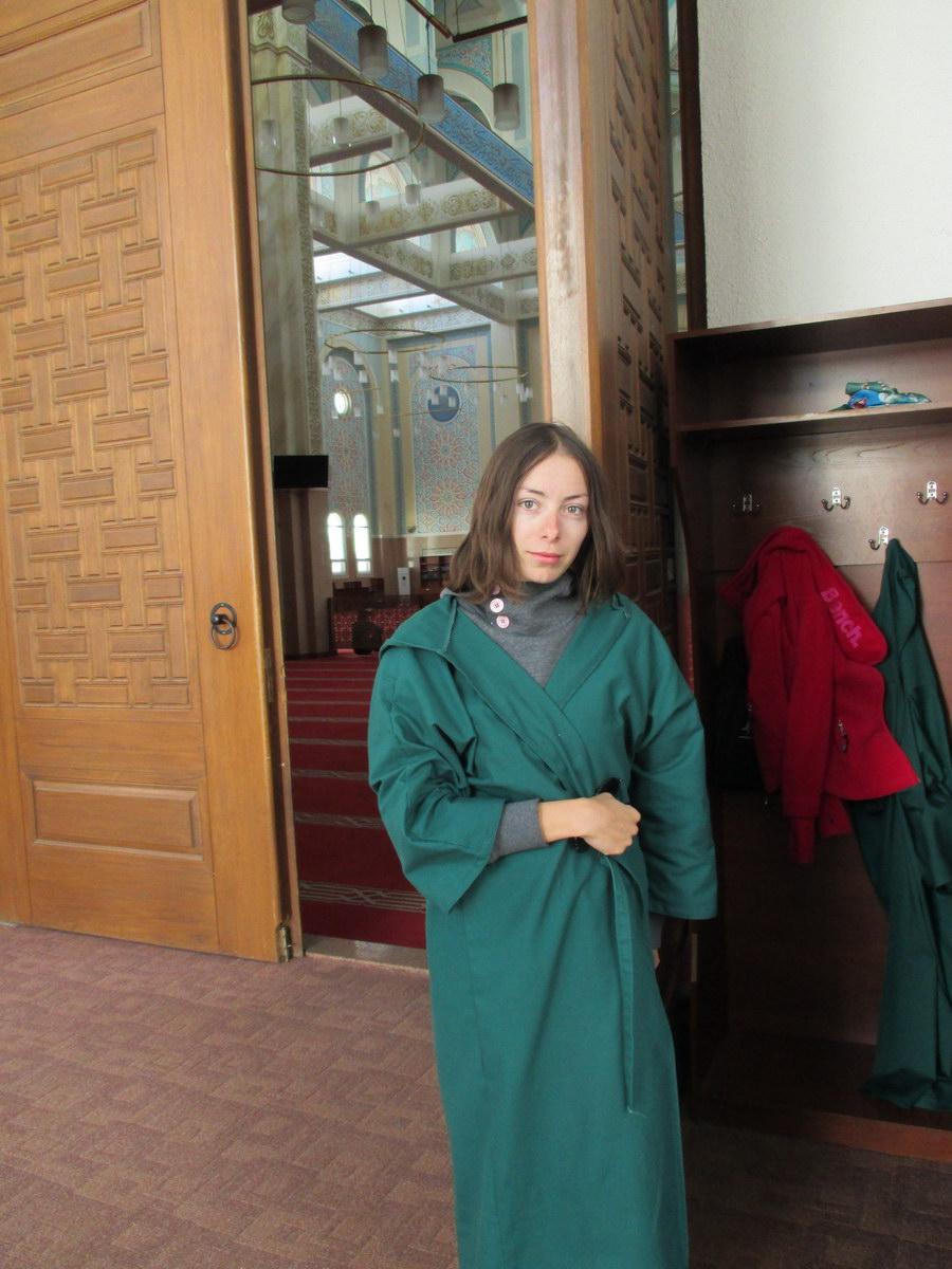 внутри мечети. астана. казахстан