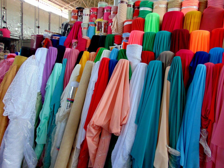 восточные ткани. базар. киргизия. бишкек