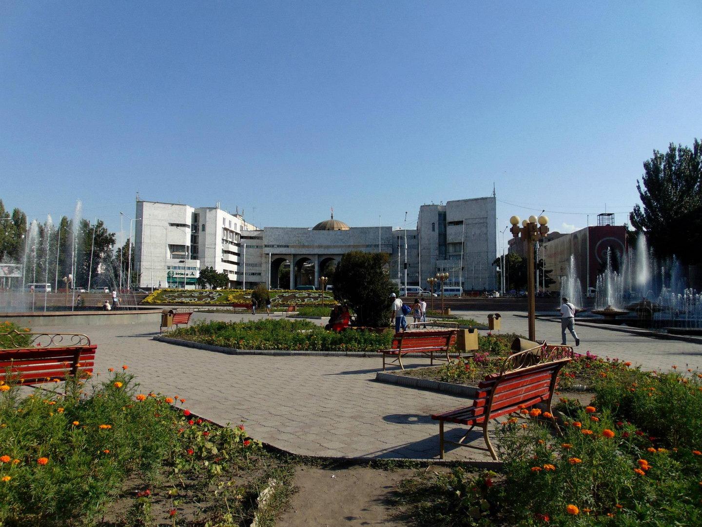 площадь Ала Тоо. киргизия. бишкек