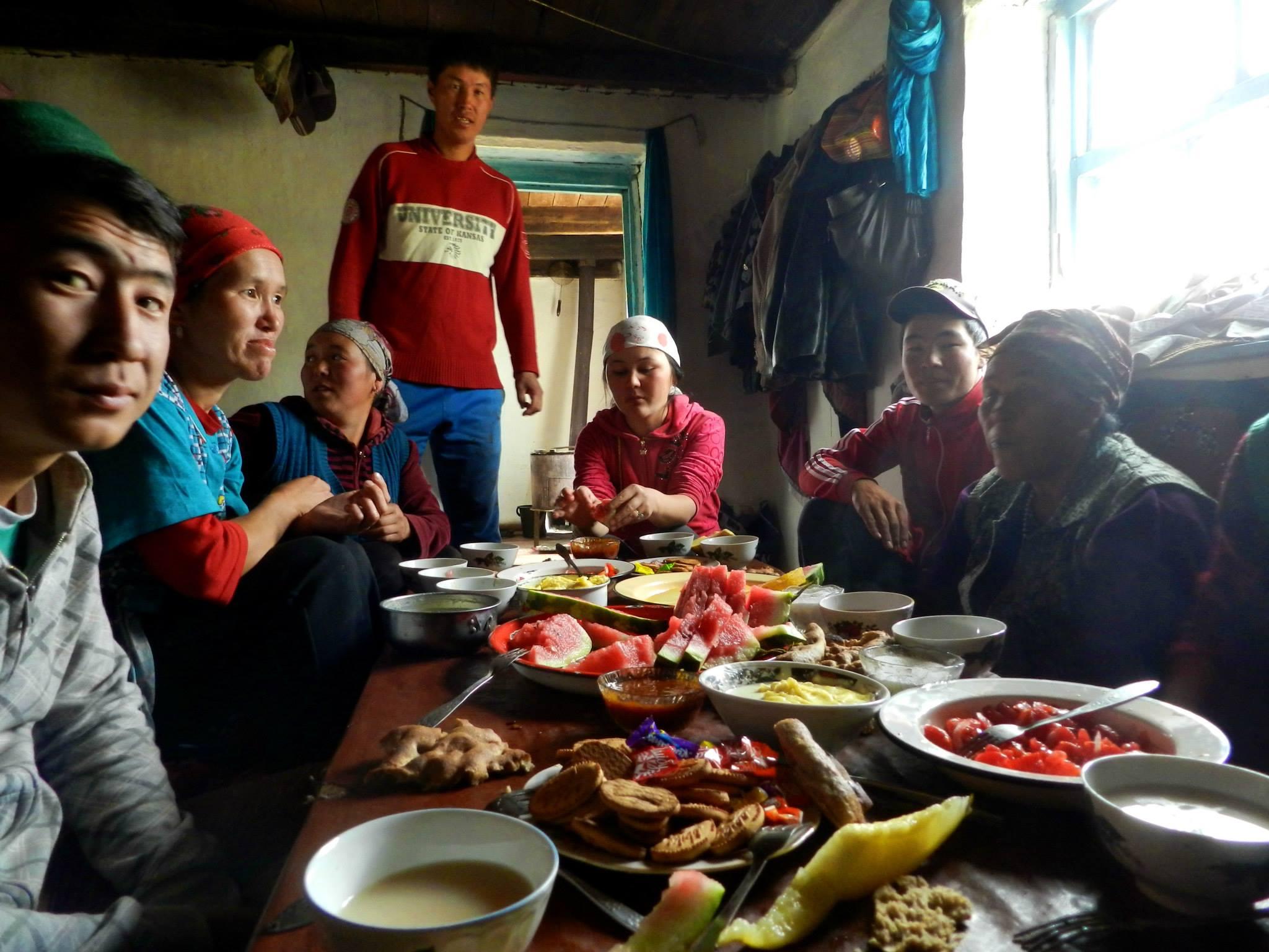 юрта внутри :)))) нарын. путешествия кати. киргизия